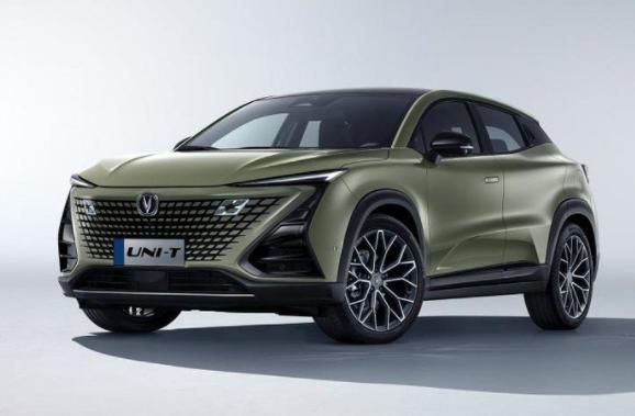 2022款UNI-T上市!长安汽车高端产品系列开启年轻运动新风尚