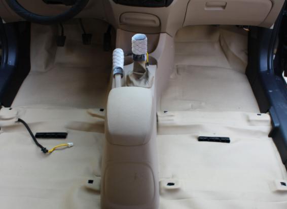 【汽车地板胶】汽车地板胶怎么铺?汽车铺地胶好不好?