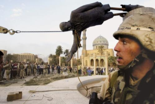 """伊拉克战争的""""灾难性胜利""""  美国撤军十年后局势依然不明朗"""