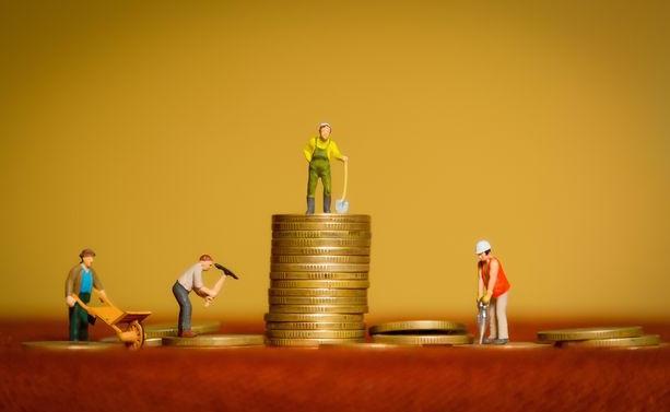 为了共同富裕腾讯阿里做出了怎样的抉择?我国企业又该如何实现共同富裕?