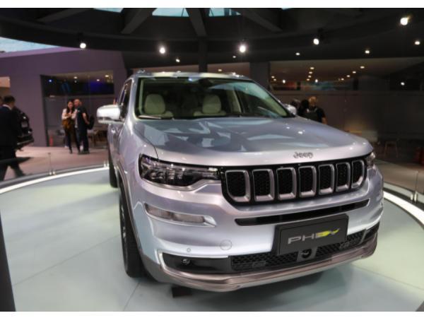jeep大指挥官phev7座版怎么样 jeep大指挥官phev7座版有什么不同