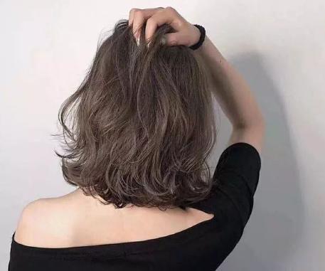 """拿什么拯救你的脸,答案:""""发型""""!"""