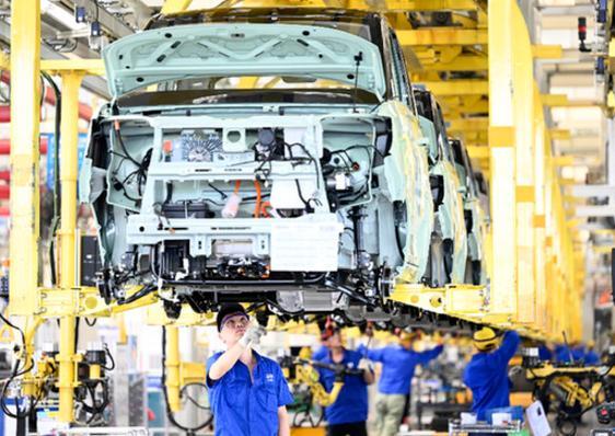 小米汽车高薪抢人? 背后是新机遇还是行业内卷?