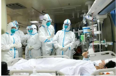 厦门一名医院后勤人员核酸阳性,目前厦门大学第一附属医院暂停门急诊,即日起封闭管理