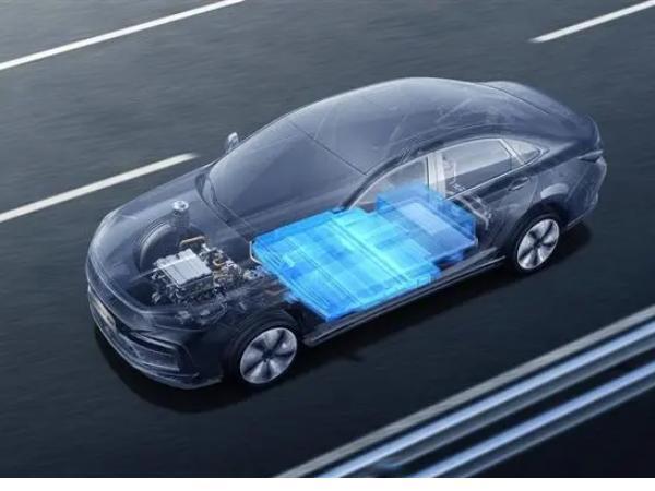 岚图汽车全新电池系统发布 岚图全新电池系统极限安全测试