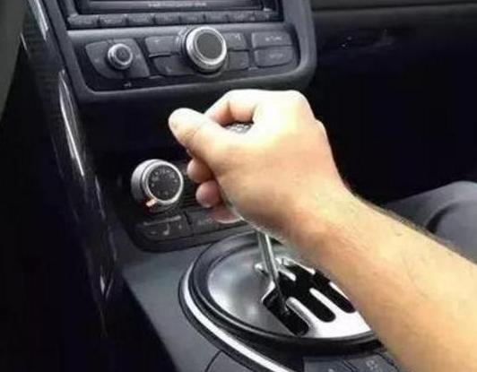 手动挡汽车你真的会开吗? 最实用的换挡技巧教给你