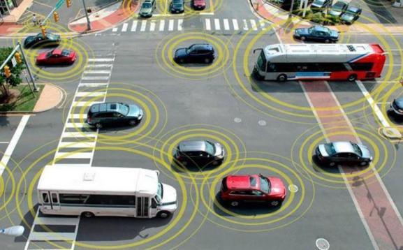 坚持推动智能网联汽车产业高质量发展 工信部肖亚庆:坚持单车智能和网联赋能并行