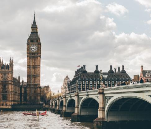 英国最喜欢接纳中国留学生的十大企业,看看有没有你喜欢的!