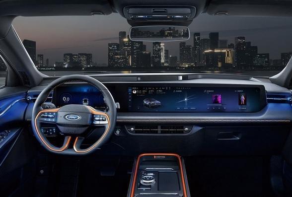 最新福特EVOS预售22.78万元起 身为燃油车居然比电动车更有科技感