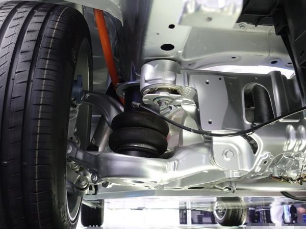 极氪001空气悬架版亮相天津车展 极氪001空气悬架版有什么特别的地方