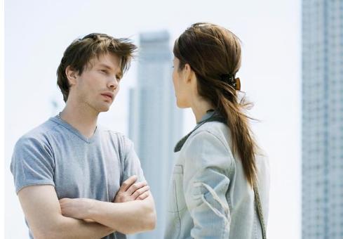 面对婚姻年轻人在忧虑什么,为何越来越多的人开始恐婚了……