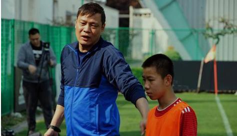 幸好范志毅的气话没成真,中国男足补时3:2越杀越南队!