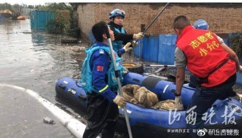 山西洪灾建救命文档女孩发声,居然是一个年仅20岁的大三学生!