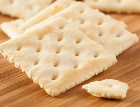 苏打饼干真的养胃吗?常吃苏打饼干对身体有影响吗?苏打饼干的营养成分?