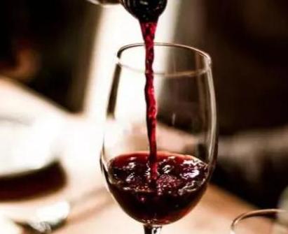 红酒具有抗癌功效吗?红酒对人体的养生功效?红酒的功效用途?
