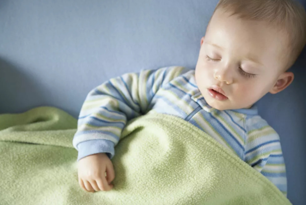 缓解宝宝鼻塞四个方法,如何预防或防止病情加重?