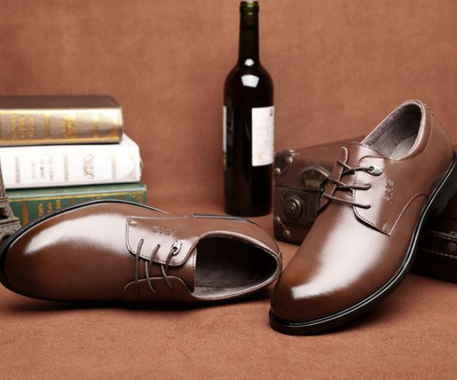 皮鞋如何维护保养?皮鞋破皮该怎么办?