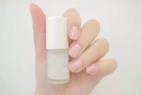 指甲营养油如何使用?指甲营养油能当全透明指甲油吗?