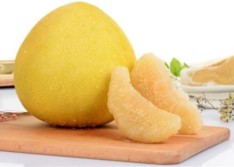 吃水果能养肝?肝有问题的人,两种水果多吃无益,还是少接触为好