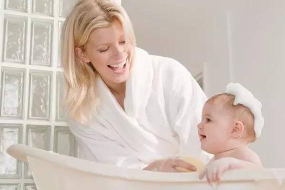 胎儿迟迟不入盆原因有哪些?想让小宝宝早点入盆,可以尝试这几个动作!