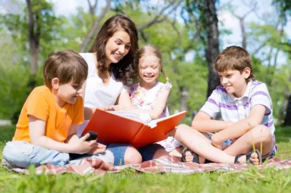 """育儿的三个最困难的阶段是哪三个阶段?最好的育儿模式是父母""""共亲职""""!"""