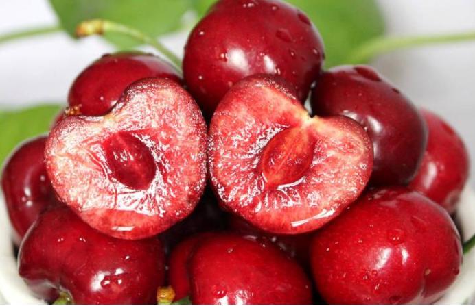 车厘子吃多了会中毒!是什么原因导致的?吃网红水果悠着点!