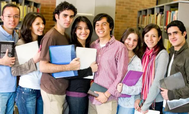 国家为什么要大力发展职业教育?职业教育对我国发展有何作用?