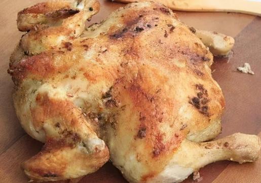 鸡汤比鸡肉更营养?鸡肉营养多,但哪块肉最值得吃?