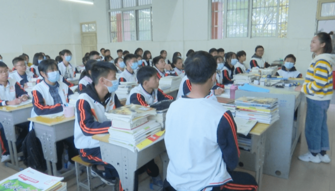 职业教育的发展受哪些因素的影响?国家为什么要重视职业教育?