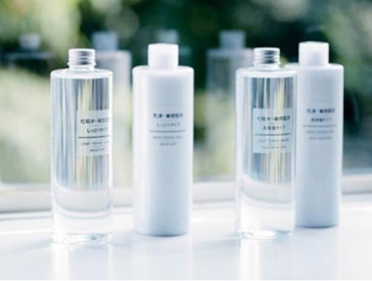 化妆水和爽肤水有什么区别?不同肤质该如何选择化妆水?