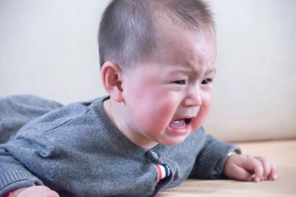 孩子出汗多对健康有危害吗?孩子出汗多是缺钙吗?