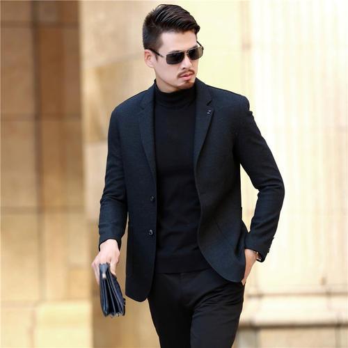 2021年50岁男性穿衣搭配上需要注意哪些方面了,选择这些让你穿衣有料