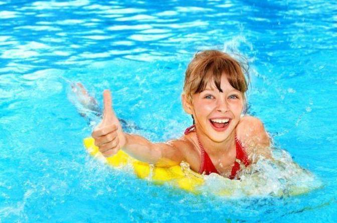 儿童学习游泳需要注意什么 儿童学习游泳注意事项