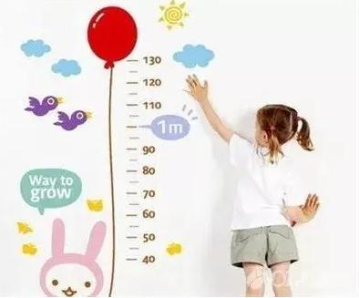 家长如何自行判断孩子生长发育是否正常?决定孩子身高的因素有哪些?