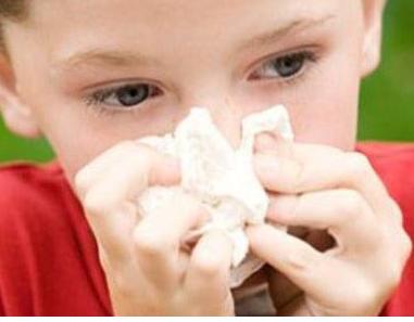 给宝宝清洁鼻腔有哪些误区?有什么方法可以帮助宝宝清洁鼻腔?