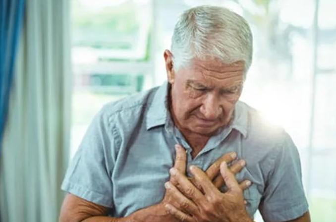 肺癌患者如何进行日常护理?肺癌患者应该如何调整饮食?
