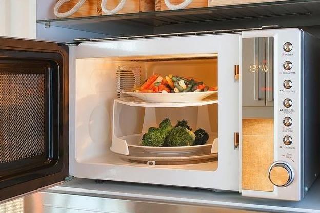 使用微波炉加热会破坏食物营养吗?经常吃微波加热的食物会致癌吗?