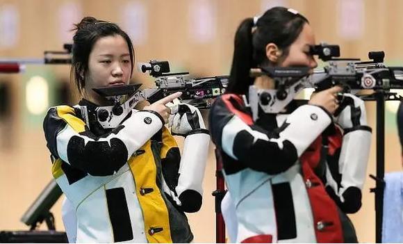 杨倩王芝琳团体赛携手夺金,浙江队女子10米气步枪团体赛夺金