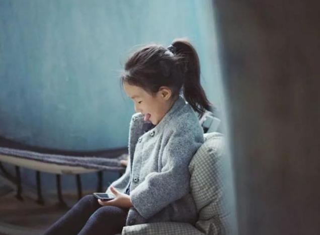 你想让自己的孩子更聪明吗?这一件事就是家长最需要做的