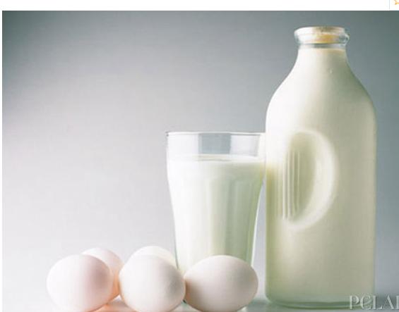 坚持喝牛奶的人,3大好处会慢慢靠近,健脾养胃还补钙?