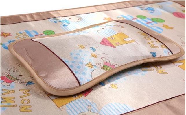 夏季宝宝可以睡凉席吗?2021夏季怎样为宝宝选购凉席最好?