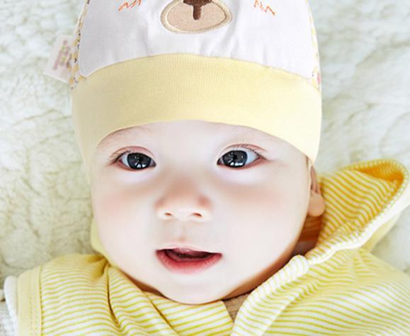 一个月的宝宝能做什么?一起来看看吧