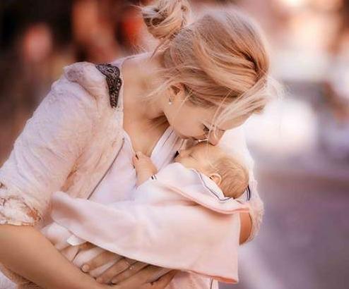 母乳的好处有哪些?怎么才能知道宝宝是否够吃呢?