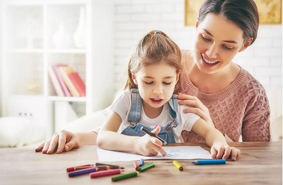 低声教育的好处有哪些?如何对孩子进行低声教育?