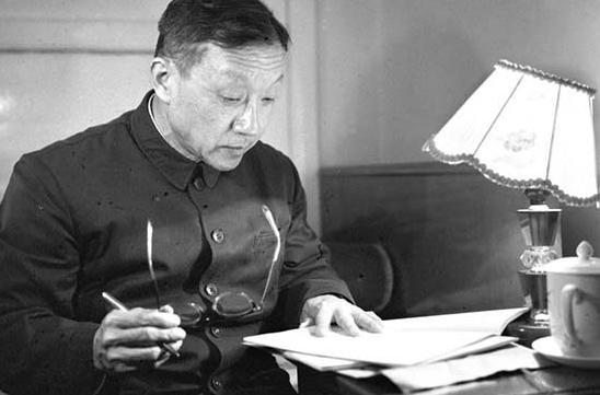 新中国成立初期留学事业是如何发展的?