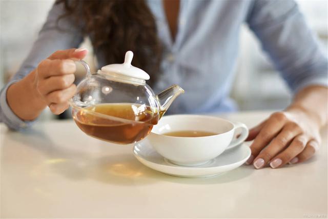 孕妇能喝茶吗?孕期注意事项比你想象的要多