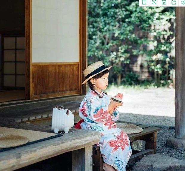 """日本一妈妈给孩子拍摄的照片,走红了""""朋友圈"""",来看看他的构图、用光就知道了"""